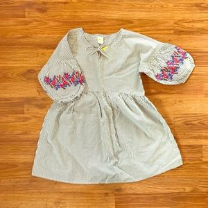 Girls Dress With Embroidered Flower Sleeves